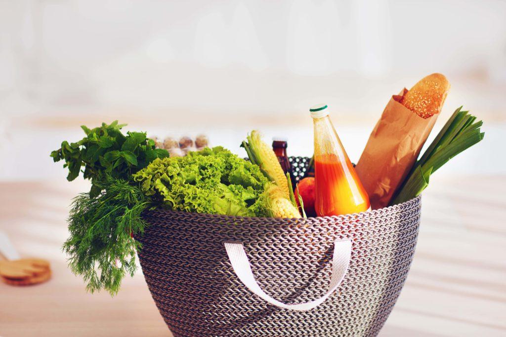 Regionale Lebensmittel Einkaufskorb